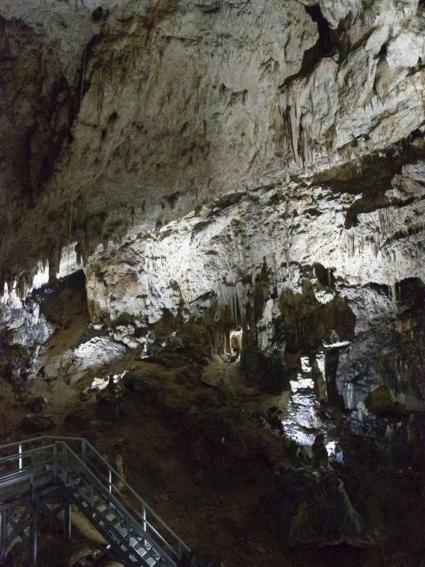 valea cetatii cave great hall